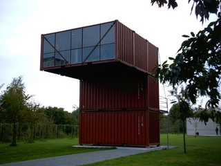 containershouse.jpg